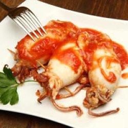 Receta de calamares rellenos en salsa de tomate - Chipirones rellenos en salsa de tomate ...
