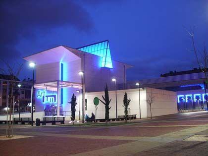 Centro museo vasco de arte contemporáneo artium, vitoria