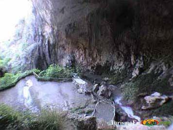 Cueva del agua, quesada (jaén)