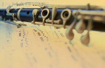 'Música para la puesta de sol': cuarteto de clarinetes calamus, plaza conde de miranda. Madrid