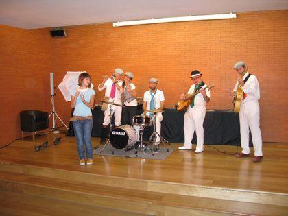Mini-concierto infantil: 'Madrid a ritmo de swing', centro de turismo de colón plaza de colón, Madrid.