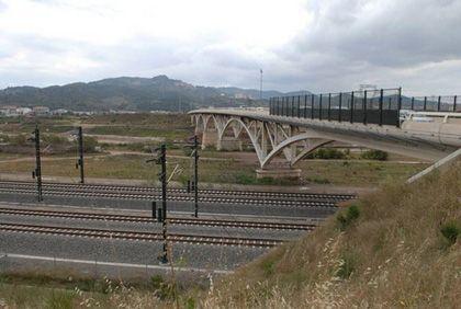 Itinerario urbano: 'Llobregat. eje de la ciudad metropolitana' (Barcelona)