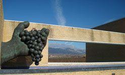 Museo de la cultura del vino dinastía vivanco, briones (la rioja)