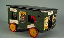 'El mayor espectáculo del mundo: juguetes de circo' museo del traje, Madrid