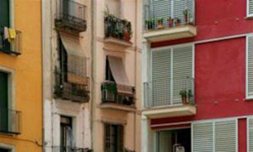 Itinerario urbano: 'Raval y eixample, dos construcciones de la ciudad' (Barcelona)