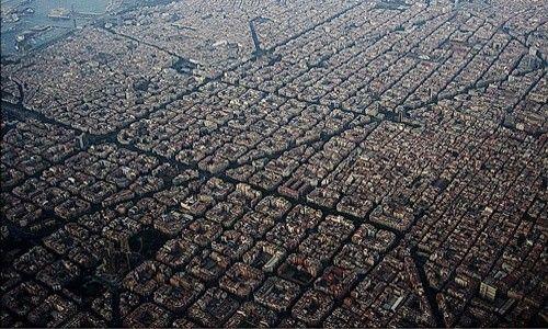Itinerario urbano: 'Eixample. la forma de la ciudad' (Barcelona)
