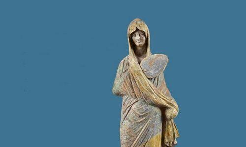 'Tanagras. figuras para la vida y la eternidad. colección del museo del louvre', centro cultural bancaja, Valencia