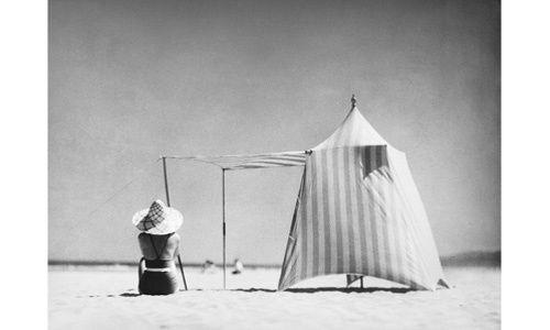Café-tertulia de la exposición 'Un mundo flotante fotografías de jacques henri lartigue (1894-1986)', Caixaforum Barcelona