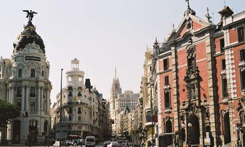 Visitas guiadas adaptadas a personas con discapacidad: 'Gran vía: 100 años de historia', Madrid