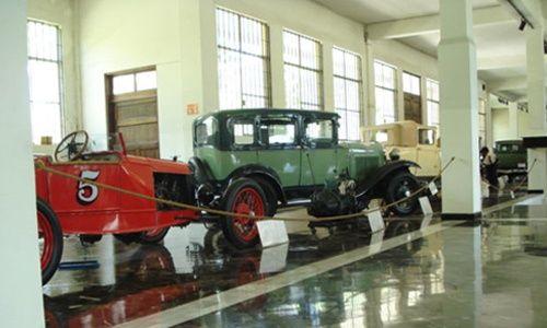 Museo de autos y del transporte de monterrey