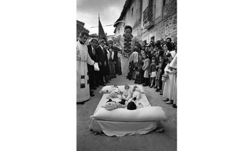 'España oculta. fotografías de cristina garcía rodero', Caixaforum Tarragona