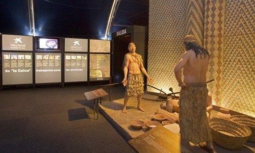 'Neolítico. de nómadas a sedentarios'. plaza de la concordia, Salamanca