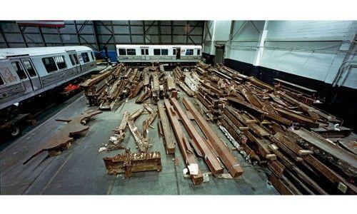 'Memoria fragmentada. 11-s ny. artefactos en el hangar 17'. cccb (Barcelona) y centrocentro. palacio de cibeles (Madrid)