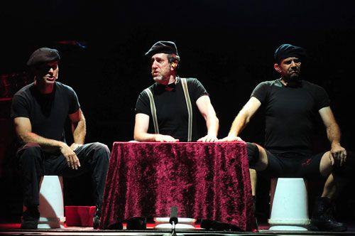 Mayumana presenta 'racconto' en el teatro arriga de Bilbao
