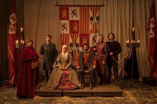 El museo del traje de Madrid expone el vestuario de la serie de televisión 'isabel'