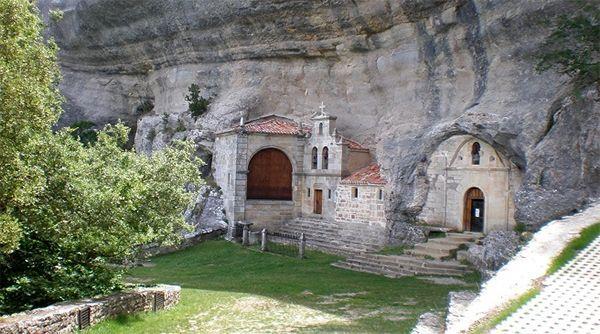 Descubre Cueva Palomera en Burgos