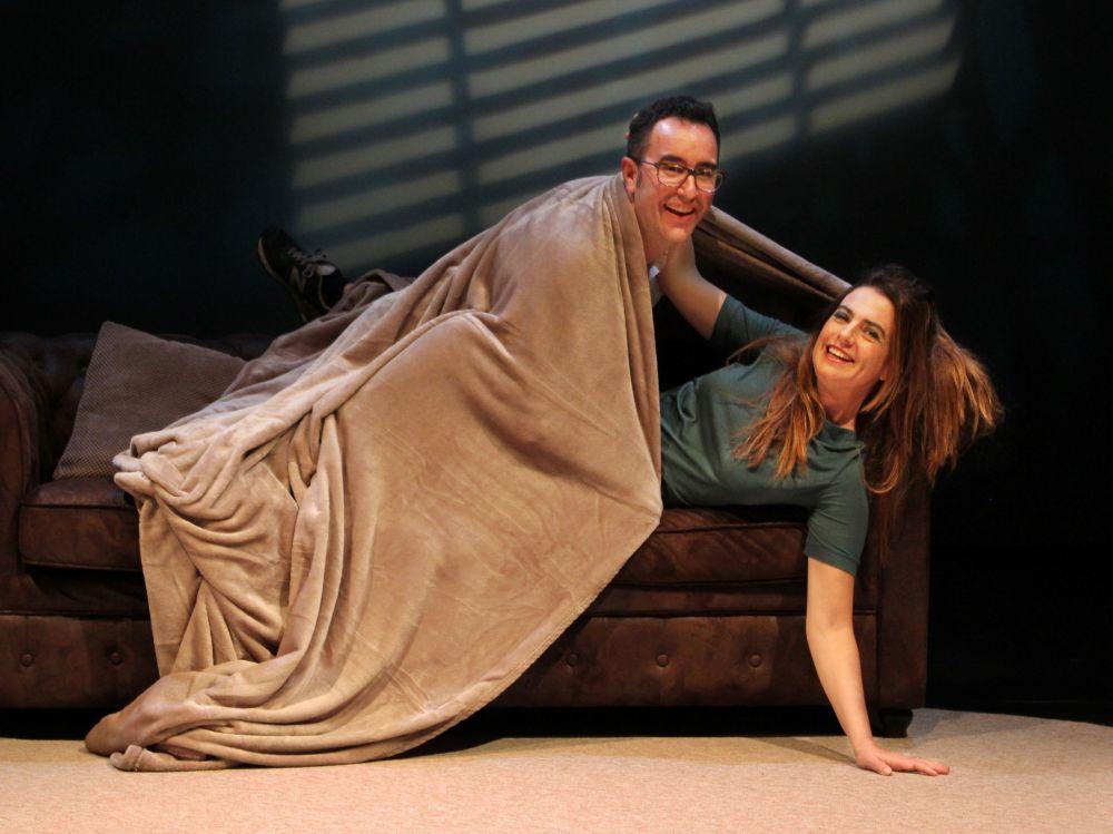 'La guerra del sofá', una comedia sobre las discusiones de pareja