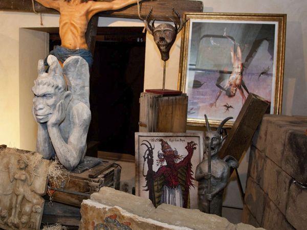 Iker Jiménez sigue de gira con 'Cuarto Milenio: La exposición'
