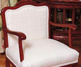 C mo restaurar un mueble antiguo for Vendo muebles antiguos para restaurar