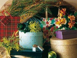Envuelve tus regalos con adonos florales