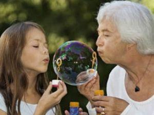 Cinco tareas con los nietos