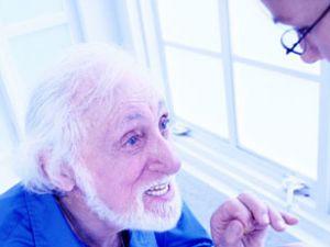 Maltratos a personas mayores en los centros