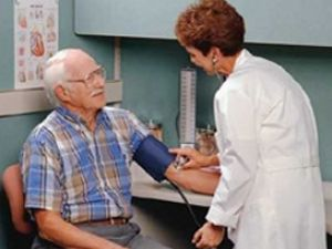 Cómo tratar la hipertensión