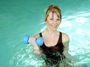 Haz ejercicio con pesas y potencia la flexibilidad