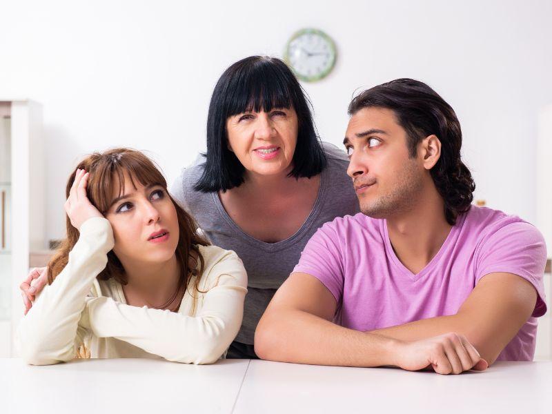 5 quejas de las nueras sobre las suegras