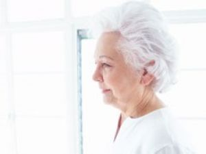 Cómo viven la incontinencia de los más mayores y dependientes
