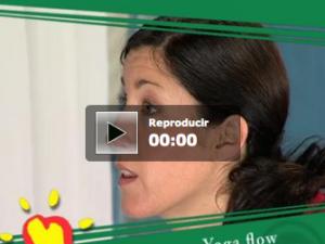 Ejercicios de yoga flow con la Fundación Española del Corazón