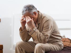Estrés y ansiedad en mayores: causas, síntomas y tratamientos