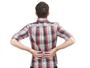 Cómo tratar el dolor lumbar provocado por un esfuerzo físico