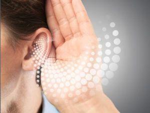 La pérdida auditiva acelera el deterioro del cerebro