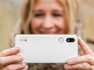 Los nuevos teléfonos Doro sitúan a los usuarios senior en el centro de la comunicación de hoy
