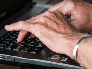 ¿Puedo trabajar y cobrar la pensión a la vez? La jubilación activa
