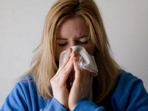 ¿Cómo diferenciar entre resfriado común, alergia, gripe y coronavirus?