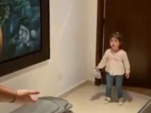 Vídeo viral: la reacción de una niña si no respetas la distancia de seguridad