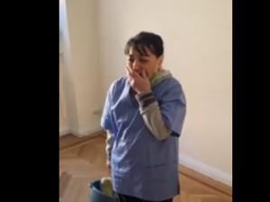 Vídeo viral: el regalo de agradecimiento a una limpiadora