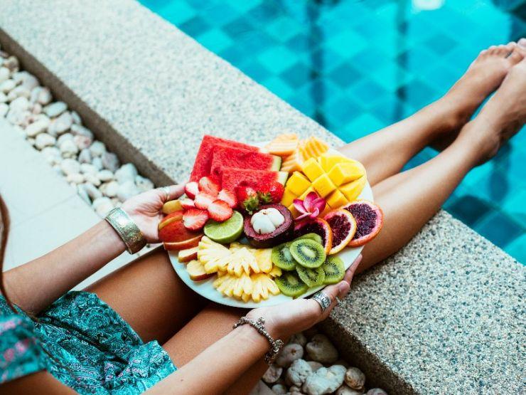 ¿Cómo debemos alimentarnos en verano?