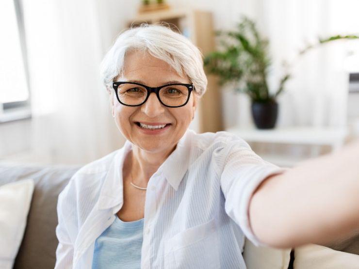 Ya se puede solicitar la pensión de jubilación ¡con un 'selfie'!