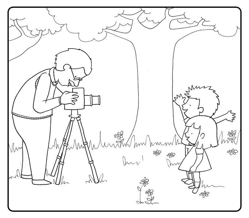 Colorear abuelo fotografiando a sus nietos