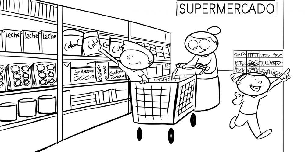 Abuela comprando en el supermercado con sus nietos