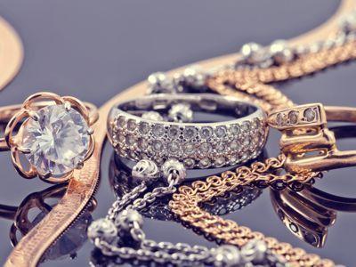 Trucos de la abuela para limpiar joyas de oro y plata - Trucos para limpiar plata ...