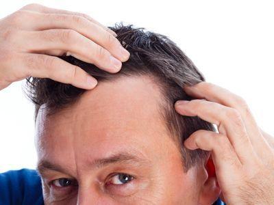 La máscara para el refuerzo de los cabello y contra la caspa en base a la alheña india
