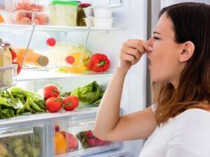 4 trucos de la abuela para eliminar los olores de la nevera