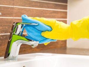 El truco de la abuela para limpiar los grifos