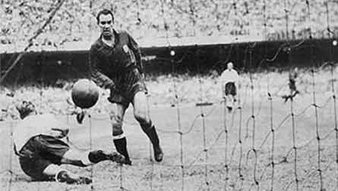 El primer gran gol de España se llama Zarra