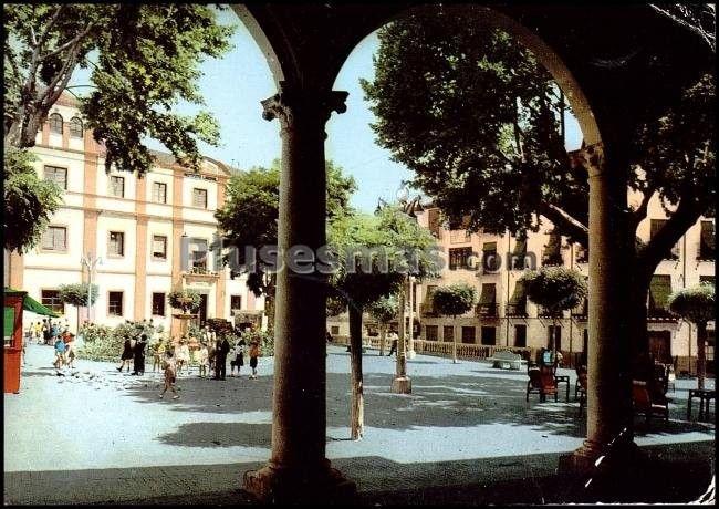 Plaza mayor desde el ayuntamiento. baeza (jaén)