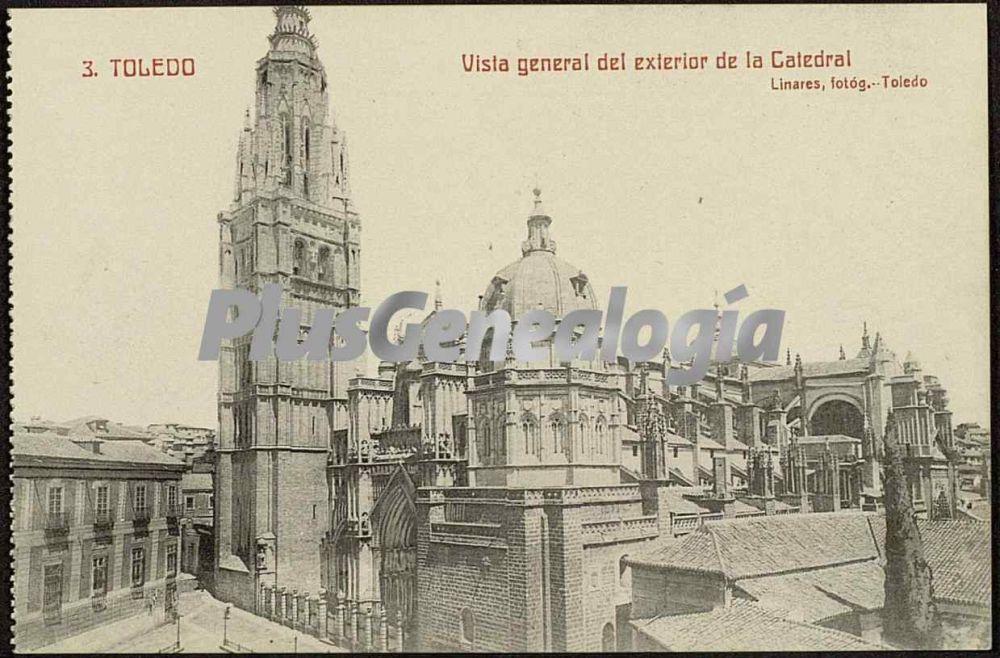 Vista general del exterior de la catedral de toledo fotos for Exterior catedral de sevilla